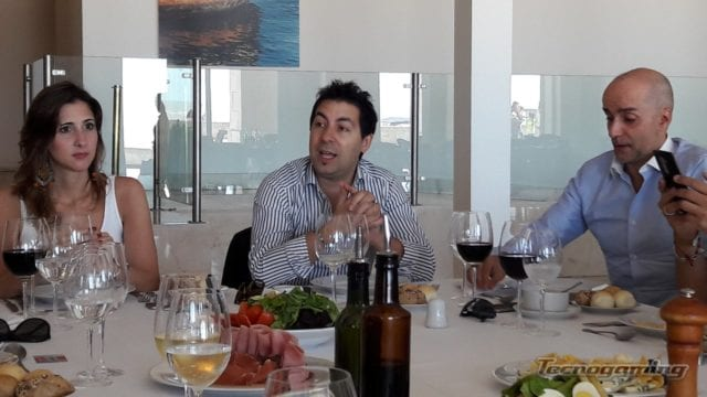 María José Terrera, Gerente de Marketing de PCBOX; Mauro Guerrero, Gerente Comercial de PCBOX y Walter Barnes de b,otro plan